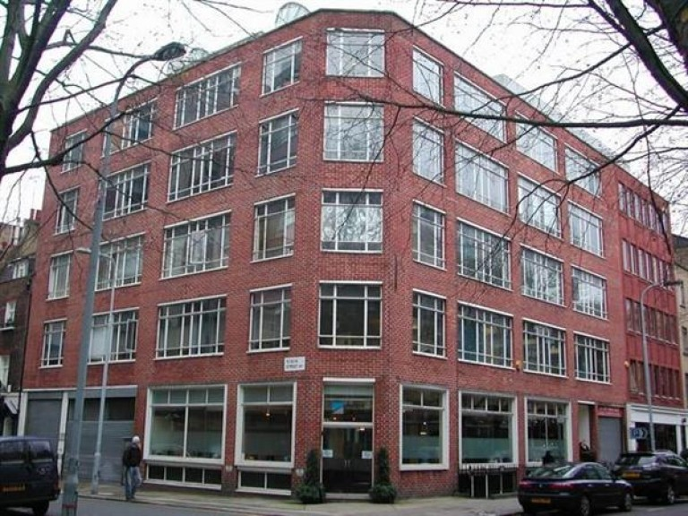 Conventional Office Space To-Let - Charlotte Street - Noho, London