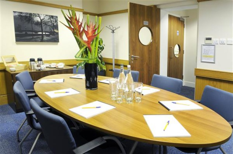 Serviced Office Space  Victoria Street, London