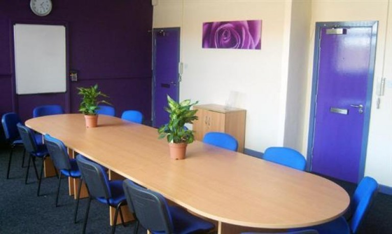 Office TO-LET in Tyseley, Birmingham
