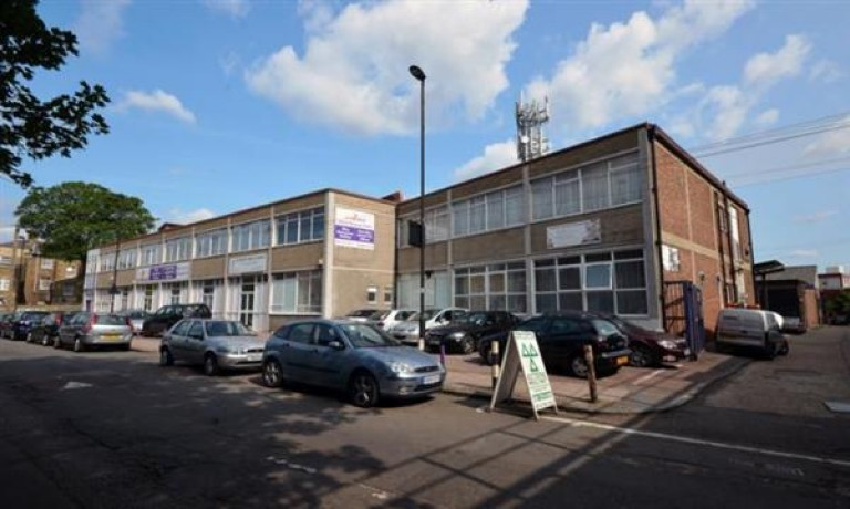 Office Space To Rent - Ilford, London