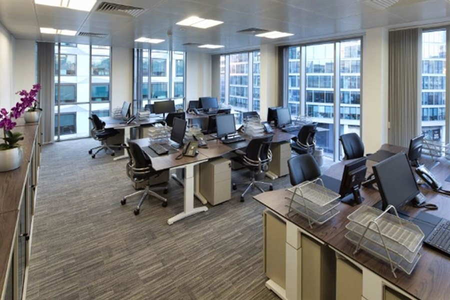 Serviced Office Space - Coleman Street, London - Internal Office View image